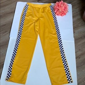 Forever 21 Yellow Pants. Size S